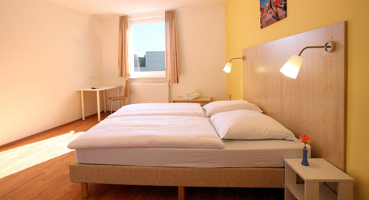 Cheap Hotel A Amp O Berlin Friedrichshain Berlin From 9 Night