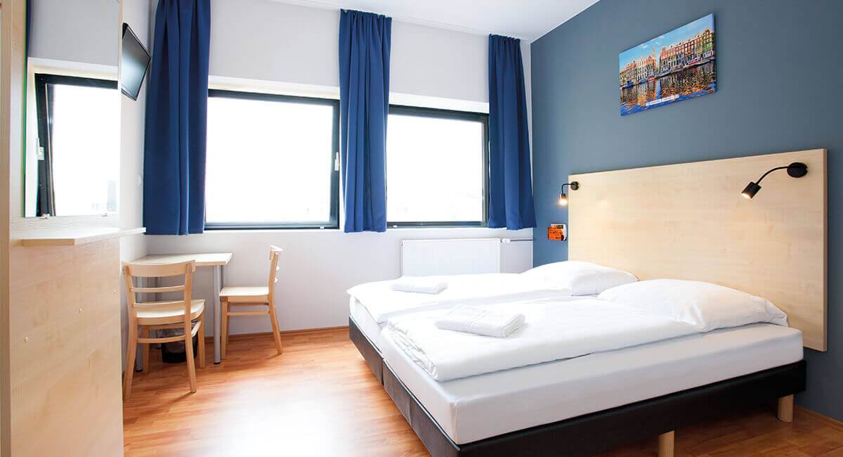 g nstiges hotel a o amsterdam zuidoost amsterdam ab 12 nacht. Black Bedroom Furniture Sets. Home Design Ideas
